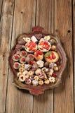 Biscuits et desserts assortis images stock
