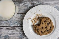 Biscuits et lait Photo libre de droits