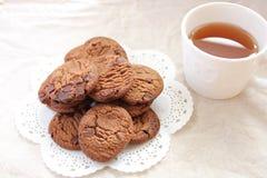 Biscuits et thé Image libre de droits