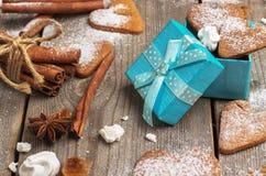 Biscuits faits main de coeur pour le Saint Valentin Images stock