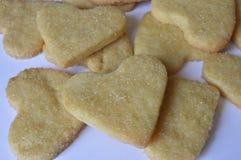 Biscuits faits maison de coeur Photos stock