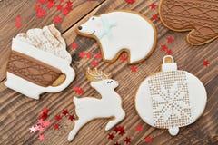 Biscuits faits maison de pain d'épice de Noël Image stock