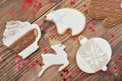 Biscuits faits maison de pain d'épice de Noël Photographie stock
