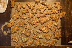 Biscuits faits maison de pain d'épice images stock