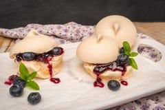 Biscuits français de meringue image libre de droits
