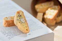 Biscuits italiens - biscotti Photographie stock libre de droits