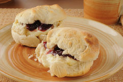 Biscuits with jam Royalty Free Stock Photography