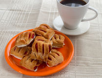 Biscuits with jam on a plate Stock Photography