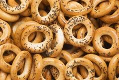 Biscuits ronds avec des clous de girofle Images stock