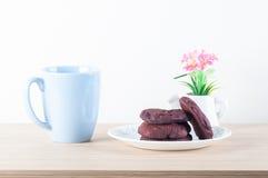 Biscuits rouges de velours Photo libre de droits