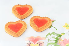 Biscuits sous forme de coeurs Photo stock