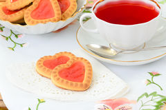 Biscuits sous forme de coeurs Photographie stock