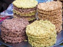 Biscuits thaïlandais organiques délicieux de riz images stock