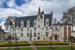 Bishop& anterior x27; palácio de s em Beauvais, França imagem de stock