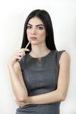 年轻bisiness妇女候宰栏 免版税库存照片