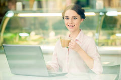 Bisinesswoman in cafe Royalty Free Stock Image