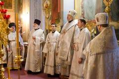 Biskops- service i den ortodoxa kyrkan i staden av Gomel Biskop Stephen Arkivfoto