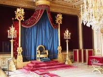 Biskopsstol av Napoleon i den Fontainebleau slotten Royaltyfria Foton