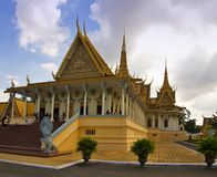 Biskopsstolkorridor i Phnom Pehn Arkivbild