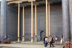 Biskopsstolkorridoren i Kunya tillflyktcitadell Itchan Kala Khiva uzbekistan royaltyfri bild