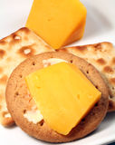Biskuite und Käse lizenzfreie stockbilder