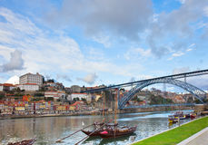 Biskupi pałac i Dom Luis most, Porto Obraz Royalty Free