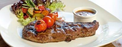Bison-Büffel Ribeye Steak gegrillt Lizenzfreie Stockfotografie