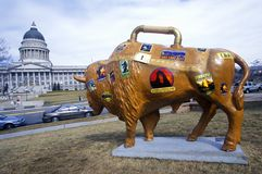 Bison peint, projet d'art de la Communauté, Jeux Olympiques d'hiver, capitol d'état, Salt Lake City, UT Image libre de droits