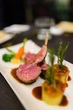 Bistecca arrostita dell'agnello Fotografia Stock