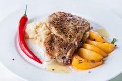 Bistecca con i peperoni Fotografie Stock Libere da Diritti