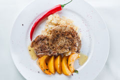 Bistecca con i peperoni Immagini Stock