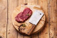 Bistecca cruda di Ribeye della carne fresca Fotografie Stock