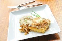 Bistecca del tofu con il fungo immagine stock