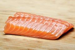 Bistecca di color salmone grezza Fotografie Stock