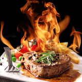Bistecca di manzo cotta Immagine Stock Libera da Diritti