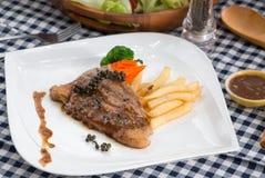 Bistecca di manzo del barbecue Immagini Stock Libere da Diritti