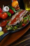 Bistecca di manzo squisita con la verdura cotta Fotografie Stock Libere da Diritti