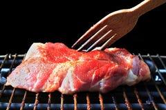 Bistecca di manzo sulla griglia Fotografie Stock