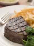 Bistecca di raccordo Frite e crescione Immagini Stock Libere da Diritti