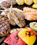 Bistecca e verdura di manzo Fotografie Stock