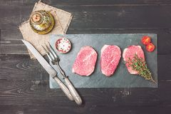 Bistecca tenera fresca cruda immagine stock