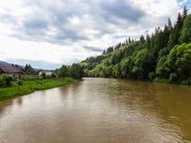 Bistrita flod Fotografering för Bildbyråer