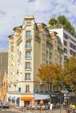 Bistroer i gatorna av Montmartre Royaltyfri Fotografi