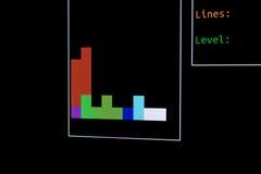 8-Bit-Computerspiel, das auf dem Anschluss läuft Stockfoto