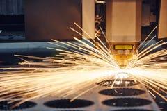 Bitande metallarbete för laser Arkivbilder