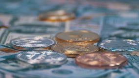 Bitcoin和另外Cryptocurrency Litecoin, Ethereum、破折号美元硬币和票据转动 股票录像
