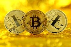 Bitcoin和Litecoin,新的真正金钱的物理版本 图库摄影