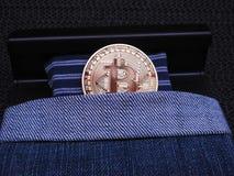 Bitcoin在床上 图库摄影