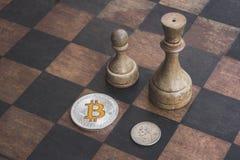 Bitcoin好比金钱,概念 免版税库存图片