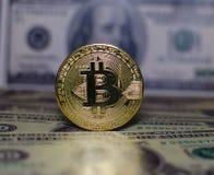 Bitcoin对 美元 免版税库存照片